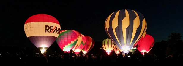 hot air balloon lightup in boise idaho
