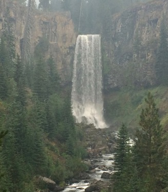 Tulamo Falls Hike